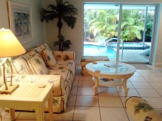 Beautiful 2 bedroom Siesta Key House with Internet Access - Siesta Key vacation rentals