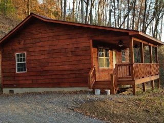 Cozy Cabin Close to Casino - Whittier vacation rentals
