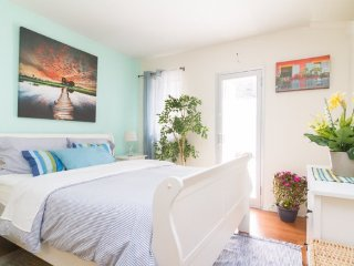 Fully Furnished Studio Apt ~ Union Square - New York City vacation rentals