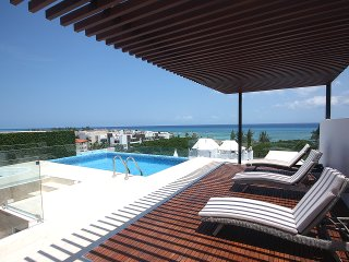BRAND NEW steps to the beach 2 BDR - Special Price - Playa del Carmen vacation rentals