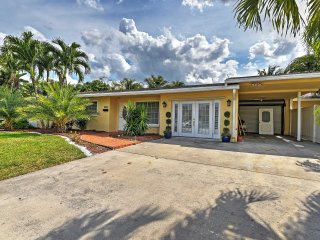 Picturesque 4BR Fort Lauderdale House w/Private Pool, Fishing Dock & Serene Backyard Oasis - Phenomenal Central Location! Just Minutes from the Beach! - Fort Lauderdale vacation rentals
