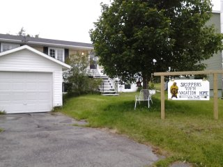 SKIPPER'S VIEW B &B -Where Music and Friends Meet! - Point Leamington vacation rentals