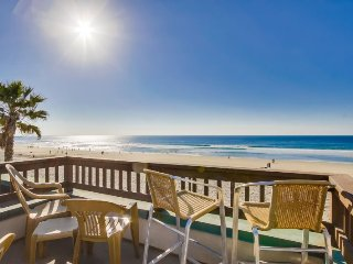 Rich's Boardwalk Bungalow with Panoramic Ocean Views: Oceanfront 2 Bdrm Condo, Whitewater Views, Private Rooftop Balcony - Mission Beach vacation rentals