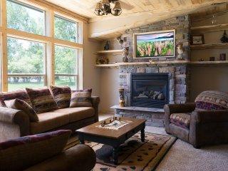 Inviting Cabin - 3 Bedrooms - 2 Baths Rain Showers - Buena Vista vacation rentals