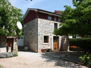 The quiet life is calling…rustic near the sea - Umag vacation rentals