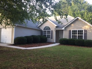 Cozy Atlanta Metro Area Home/house - Snellville vacation rentals