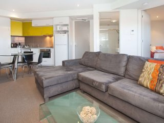 Beautiful 1Br Apartment in the heart of St Kilda - St Kilda vacation rentals