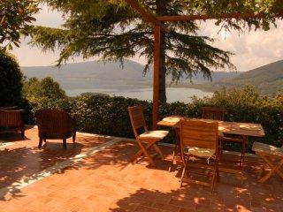 Villa La Paiola - Suite CEDRO spazious house at 3 levels - Caprarola vacation rentals