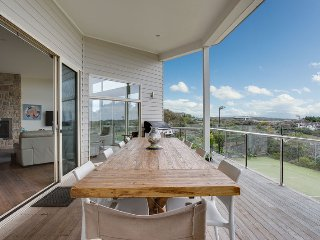 Spacious 4 bedroom House in Portsea with A/C - Portsea vacation rentals