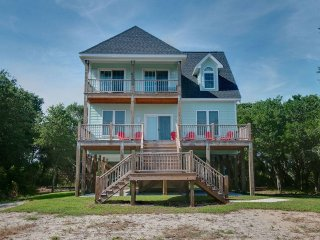 4 bedroom House with Internet Access in Cedar Point - Cedar Point vacation rentals