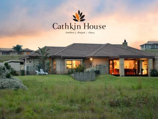 Cathkin House - Luxury Self-Catering House - Winterton vacation rentals