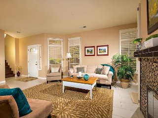 Sleeps: 8 - Max. Occupancy: 8 - Parking 2 spaces - Encinitas vacation rentals