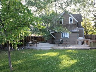 Nice House with Deck and Internet Access - Livingston vacation rentals