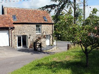Charming Cottage with Internet Access and Television - Wedmore vacation rentals