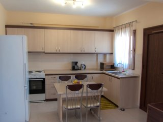 Beautiful 2 bedroom Nea Roda Condo with Internet Access - Nea Roda vacation rentals