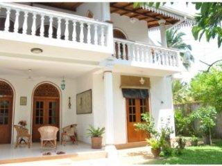 Bright 5 bedroom Villa in Moragalla - Moragalla vacation rentals
