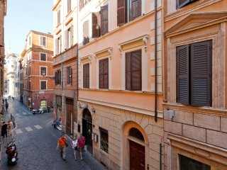 lorenzo home at coliseum - Rome vacation rentals