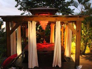 "LA LIANE DE JADE- BUNGALOW"" YLANG YLANG"" - Bois de Nefles vacation rentals"