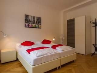Puzzlehotel Family Apartment CityCenter 111 - Vienna vacation rentals
