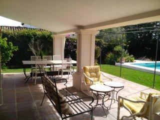 VILLA WITH ANNEX GUADALMINA 0.5MILES TO THE BEACH - San Pedro de Alcantara vacation rentals