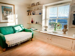 Romantic House with Internet Access and Central Heating - Porthleven vacation rentals
