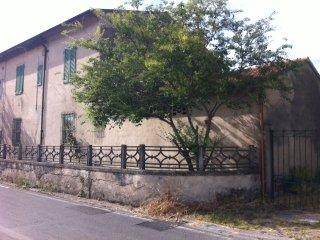 Cottage with garden - Pisa vacation rentals
