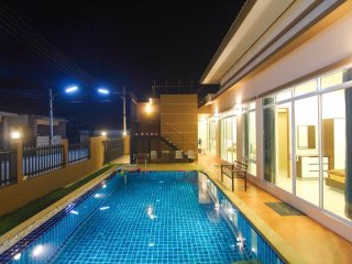 Holiday Pool Villa at Baan Chomchan#2-Hua Hin - Hua Hin vacation rentals
