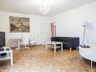Puzzle Family Apartment Classic Naschmarkt 614 - Vienna vacation rentals