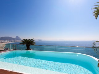 W01.166 - 5 BEDROOM PENTHOUSE IN COPACABANA - World vacation rentals