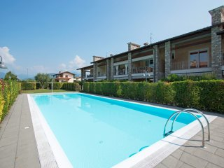 Nice 2 bedroom Manerba del Garda Apartment with Internet Access - Manerba del Garda vacation rentals