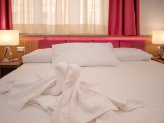 VATICAN RELAIS ROME CAMERA MATRIMONIALE - Rome vacation rentals