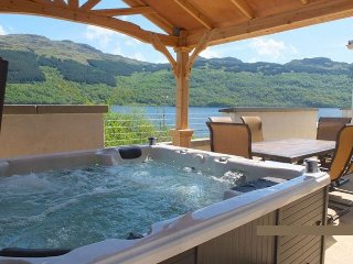 Jenny's Bay by Loch Goil with hot tub - Lochgoilhead vacation rentals