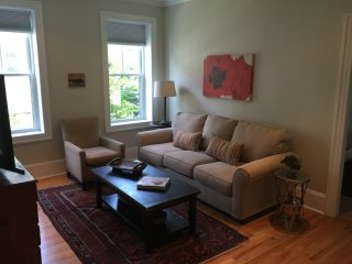 Gorgeous, historic, fully renovated, sunny, modern, pking, at T, - Somerville vacation rentals