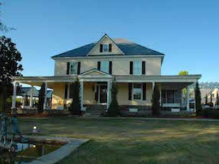 Little L Estate with River Access - Commerce vacation rentals