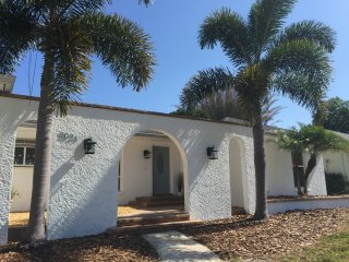 Family Friendly Pool Home Close to Beach - Dunedin vacation rentals
