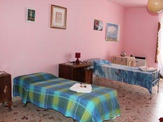 Casa in borgo medievale delle Madonie vista mare - San Mauro Castelverde vacation rentals