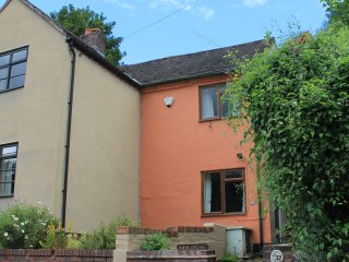 2 bedroom House with Parking in Ironbridge - Ironbridge vacation rentals