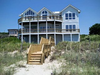 5BR Oceanfront House with Elevator, WiFi and Jacuzzi Tub! - Pine Knoll Shores vacation rentals