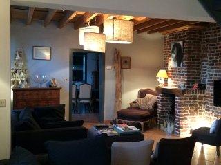 Longère dàns petit village paisible - La Neuville vacation rentals
