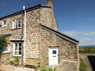 TREVOWHAN HOUSE, woodburning stoves, WiFi, Grade II listed, in St Just, Ref 938753 - St Just vacation rentals