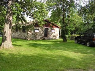 PRIVATE LAKEFRONT cottage near Westport, ON - Westport vacation rentals