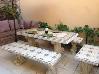 Fishermans Cottage with private courtyard & garden - Collioure vacation rentals