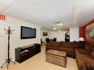#8777 Stay in this sophisticated 3 bedroom apt - Manhattan vacation rentals