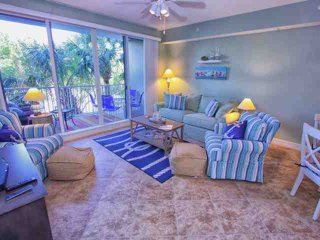 Gorgeous House with Internet Access and A/C - Ruskin vacation rentals