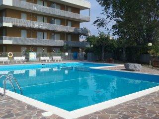 Residenza al Mare - Appartamento bilocale - Lignano Sabbiadoro vacation rentals