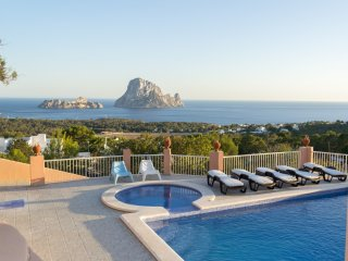 Nice House with Television and Washing Machine - Cala Carbo vacation rentals