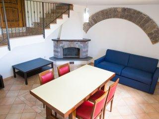 2 bedroom Apartment with Deck in Sorrento - Sorrento vacation rentals