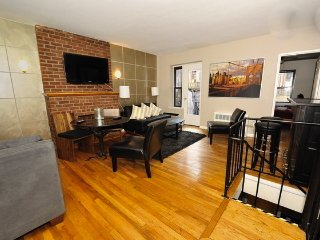 UWS 3bedroom, 2bathroom duplex 8275 - Manhattan vacation rentals