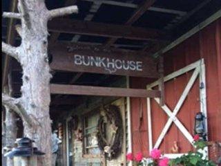 Heartland Ranch, near Topeka, Kansas - Wakarusa vacation rentals