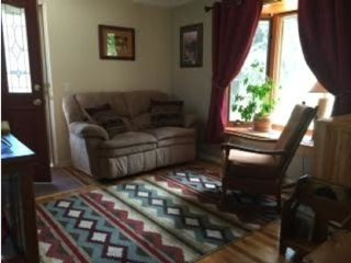 Cozy Mtn Cottage-Close to Major Attractions - Green Mountain Falls vacation rentals